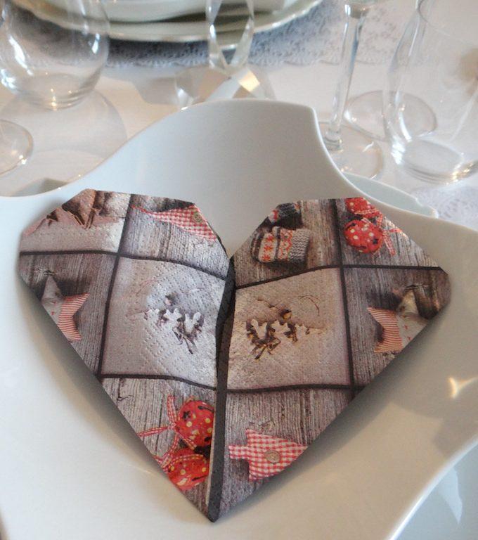 Tovagliolo a Cuore: mood San Valentino