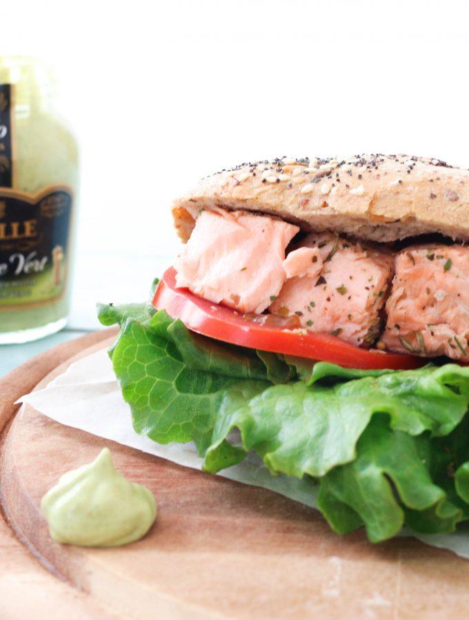 Panino farcito con Salmone marinato con Senape al pepe verde